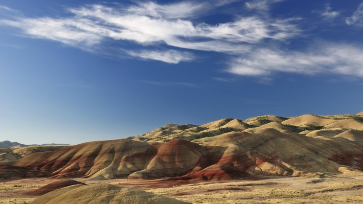 The painted hills of Eastern Oregon. (Image by Christian Heeb)