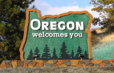 Welcome to Oregon sign
