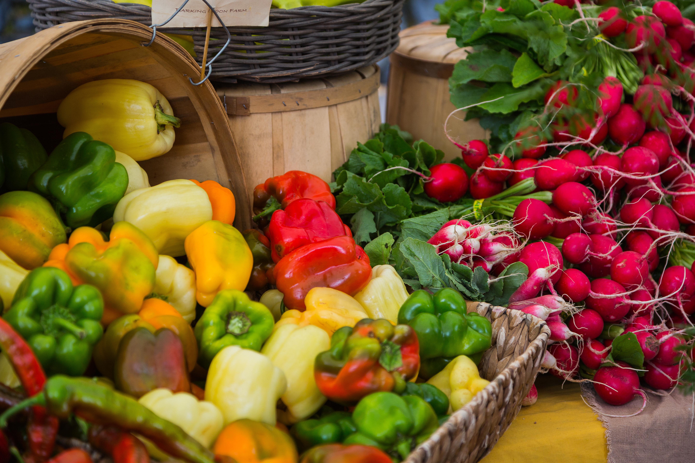 Oregon Food Trail produce market image