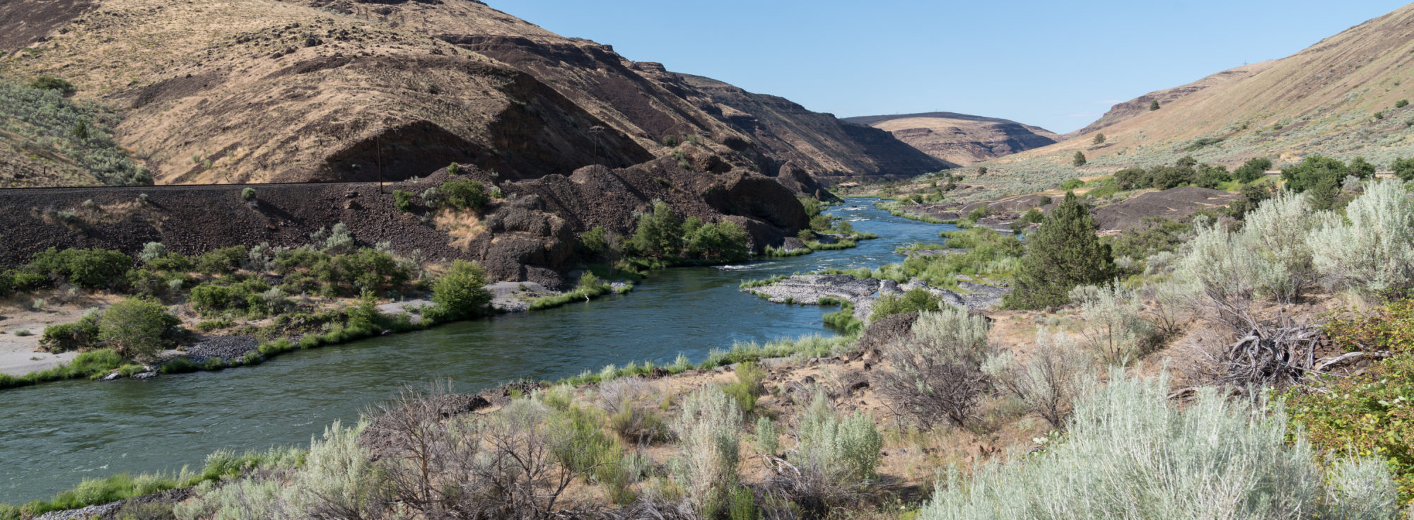 Deschutes River in Maupin